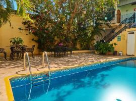 Hotel Posada San Rafael, hotel en Barra de Navidad