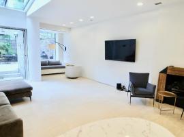 Private Luxury Home near UN