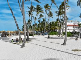 Hostal Las Rosas de Punta Cana, homestay in Punta Cana