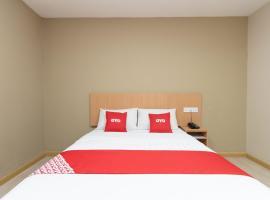 OYO 89344 Labuan Avenue Hotel,納閩的飯店