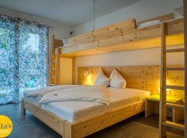 Gita´s Haus, hotel dicht bij: Europa-Park Hoofdingang, Rust