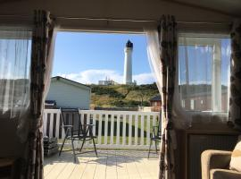 87 Lighthouse View Lodge, hotel in Lossiemouth