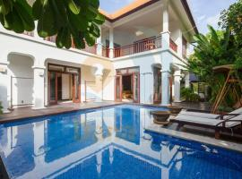 LUXStay Beach View Villas Da Nang, biệt thự ở Đà Nẵng