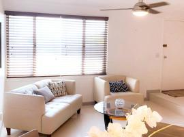 QUIET COZY, MINUTES TO DOWNTOWN, POOL/SPA, apartment in Palm Springs