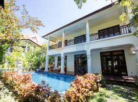 FURA Villas Near My Khe Beach Resort, biệt thự ở Đà Nẵng