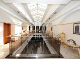 Hotel MAXPLAZA, hotel Nagyszombaton
