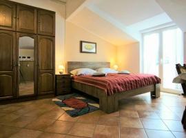 Studio Apartman Olivera, hotel near Monkodonja Hill Fort, Rovinj