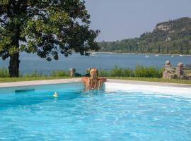 Appartamenti Villa Andrea, hotel near Baia delle Sirene Park, Garda
