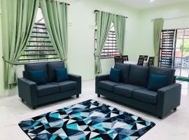 Atocha Homestay - Terong@Taiping, apartment in Kampong Salak
