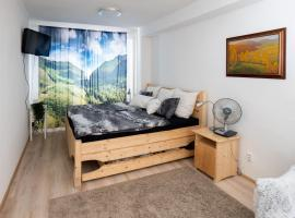 Great flat near center with view on Mountains, hotel in Martin