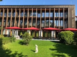 Gasthof-Hotel Höhensteiger, guest house in Rosenheim