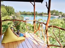 Araya Dive Resort Togean, hotel in Bomba