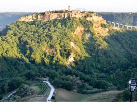 Le Calanque La Terrazza su Civita, casa o chalet en Lubriano
