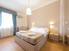 Hotel La Pace, отель в Виареджо