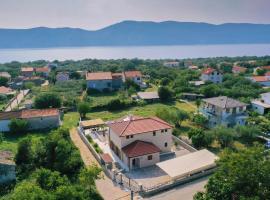 Villa Muskatel, holiday home in Krk