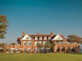 Chewton Glen Hotel, hotel near Barton-on-Sea Golf Club, New Milton
