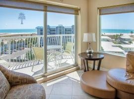 Crystal Palms Beach Resort, apartment in St. Pete Beach