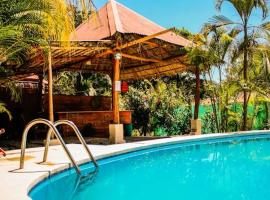 Disfrutalo, hotel in Santa Teresa Beach