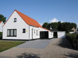 Villa KARIN, hotel in Oostduinkerke