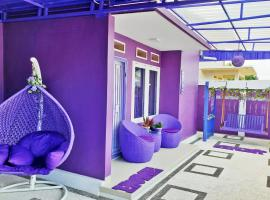 Purple Lombok Guest House, homestay in Mataram