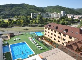GRAND STORY hotel Oksana, hotel in Nebug