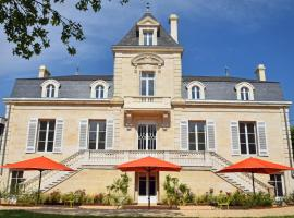 Le Clos des Queyries, hotel near Chaban Delmas Bridge, Bordeaux