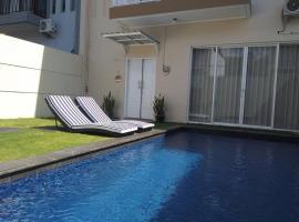 Hideaway in Villa Batu Layar ( 别墅Batu Layar的世外桃源 ), villa in Mataram