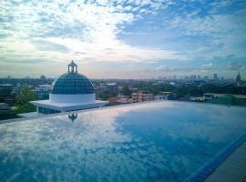 Romance Hotel Sukhumvit 97, hotel near Mega Bangna, Bangkok