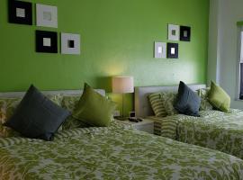 Miami Beach Suncoast apartments VII, apart-hotel em Miami Beach