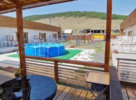 Baikal Holiday Apartments, отель в Большом Голоустном