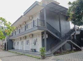 OYO 1176 J3 Residence Syariah, hotel di Jember