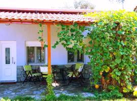 Cristi Apartments, villa in Skala Rachoniou