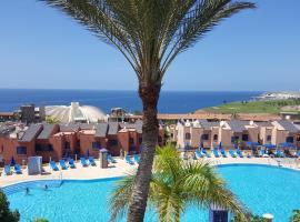 Best Views Meloneras Deluxe 113, golf hotel in San Bartolomé