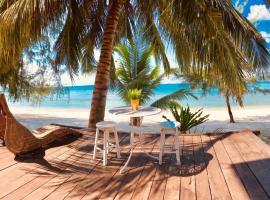 Bayu Lestari Island Resort, Hotel in Mersing