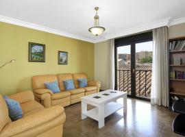Apartamento Fotohouse, hotel cerca de Nuevo Estadio de Los Cármenes, Granada