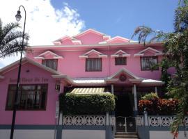 Fleur de Lys, Hotel in San José
