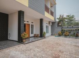 RedDoorz Syariah near Pahoman Stadium Lampung, guest house in Bandar Lampung