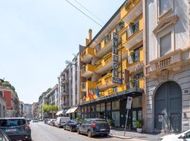 Hotel Mythos, hotel a Milà