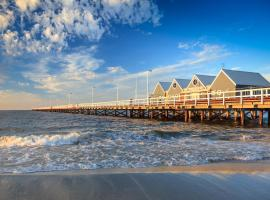 API Busselton Seaside Escape Apartments, vacation home in Busselton