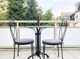 Wunderschöne Altbauwohnung mit Flair in Wuppertal, budget hotel in Wuppertal