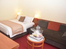 Hôtel Sawa, hotel in Douala