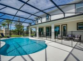 Magnificent Single Home with Private Pool and Game Room SO2601, villa in Kissimmee