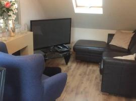 2 Bedroom Furnished Apartment in a Rural Position, hotel near Stafford Services Northbound M6, Stone