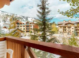 Powderhorn Lodge 311: Poppy Suite, hotel in Solitude