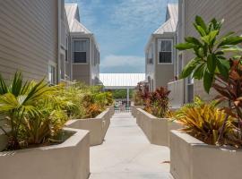 Casa Bonita @ Duval Square R1, villa in Key West