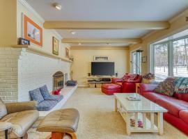 Birchwood: Gracious Home, hotel in Harbor Springs