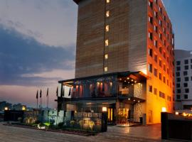 The Golden Palms Hotel & Spa, Delhi, hotel in New Delhi