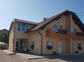 Neda Holiday House, hotel in Grabovac