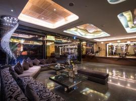 香湖大飯店,嘉義市的飯店