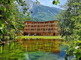 Au Charmant Petit Lac - Ecohotel Parc & Spa, Hotel in der Nähe von: Seilbahn Frachey - Alpe Ciarcerio, Champoluc